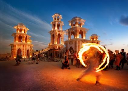fire20dancer20at20burning20man-x2