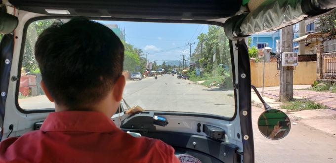 Tuk tuk driver > Kampot > TheRoamingNoodle