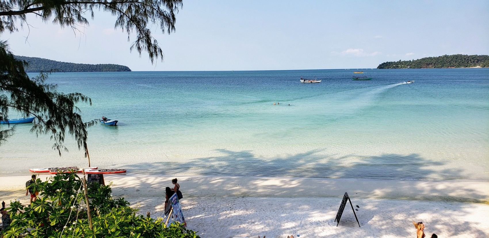 Beach > Koh Rong Samloem > TheRoamingNoodle
