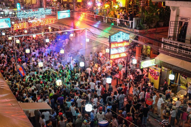 Khmer New Year Celebration on Pub Street > TheRoamingNoodle