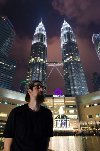 Drew, Petronas Twin Towers > TheRoamingNoodle