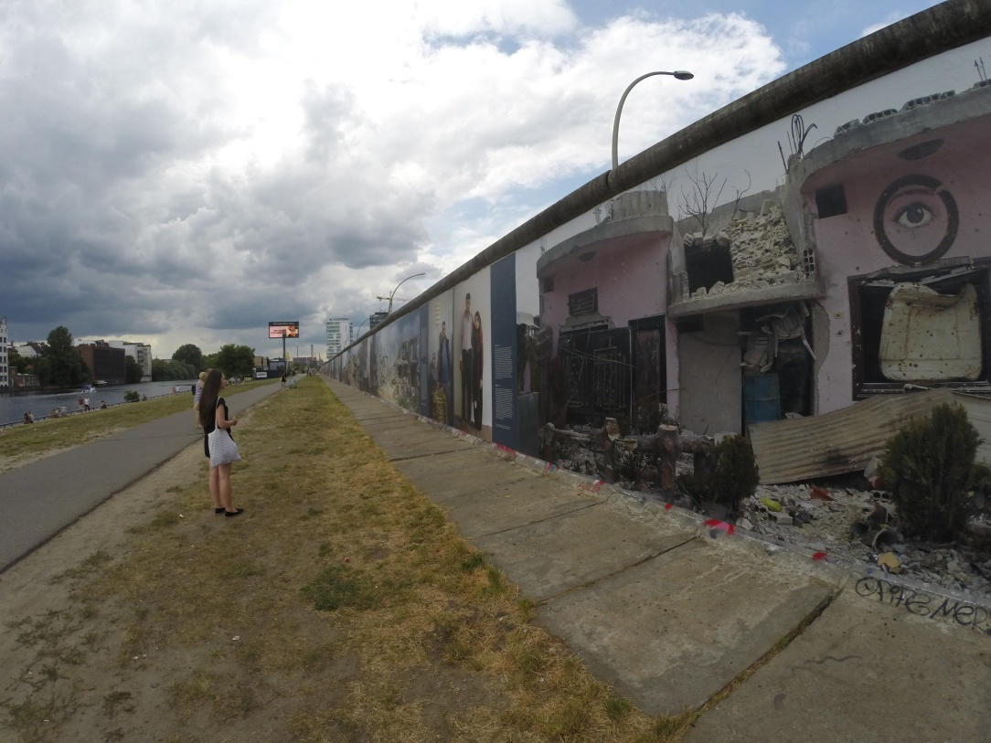 Berlin Wall > TheRoamingNoodle