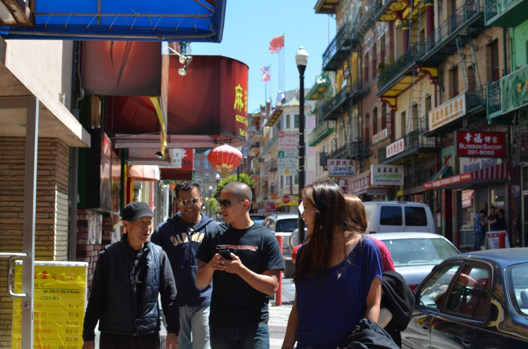 The Gang in San Fran's Chinatown > TheRoamingNoodle