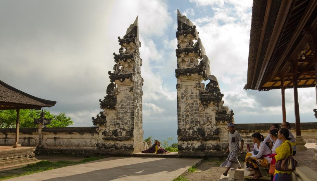 Penataran Lempuyang > Bali > TheRoamingNoodle