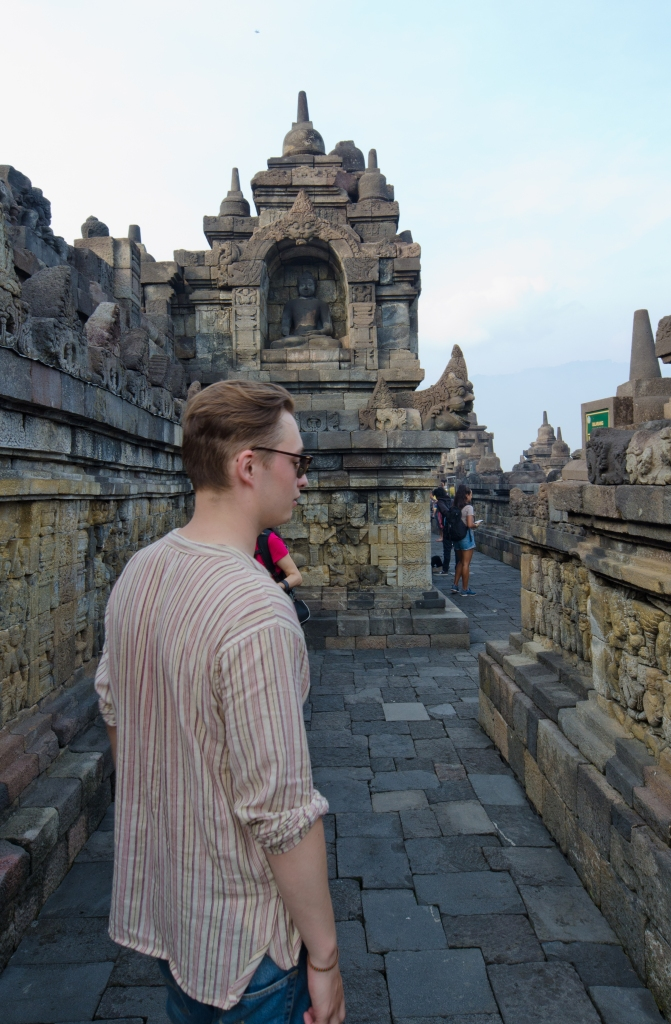Borobudur Temple > TheRoamingNoodle