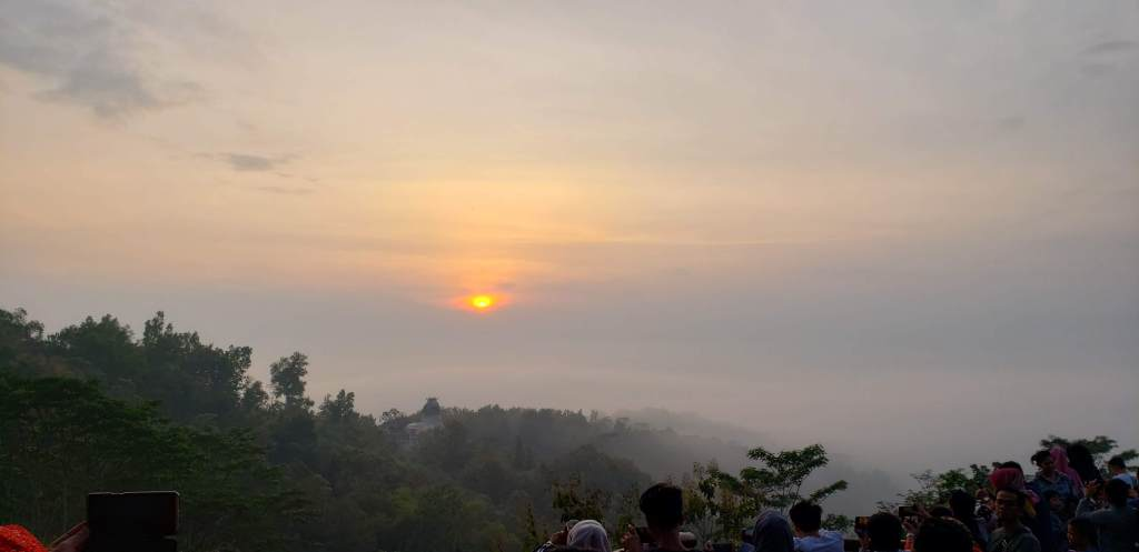Sunrise in Jogja > TheRoamingNoodle
